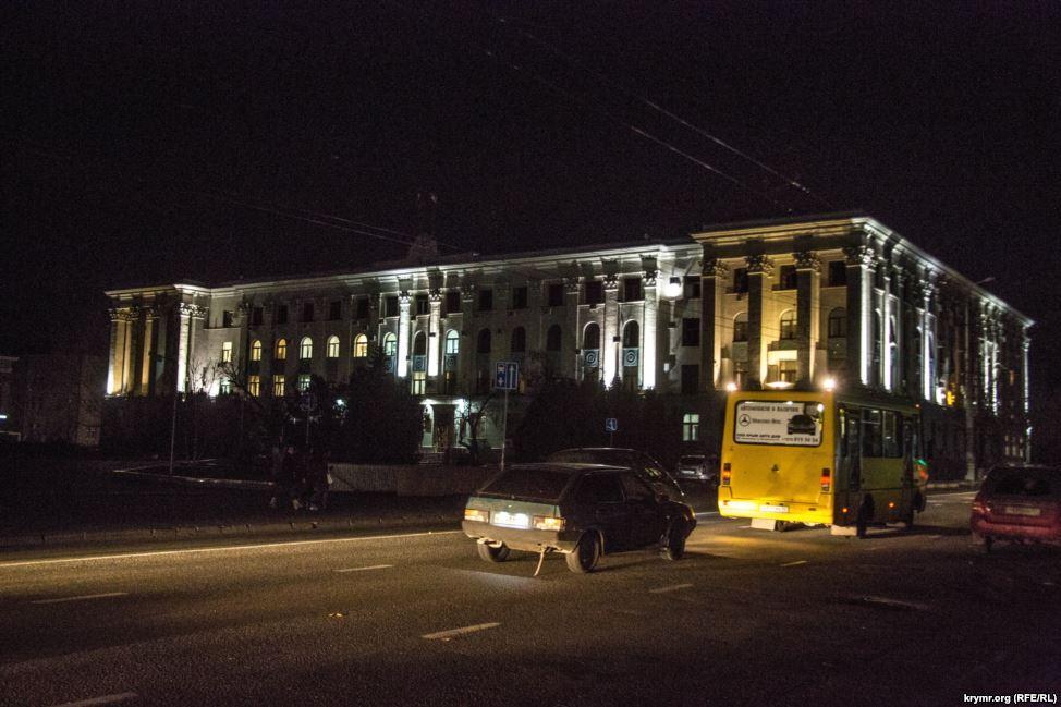 Мобильный госпиталь отправили в Крым