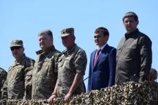 Морпехи получат современную военную технику, оснащенную по стандартам НАТО, - Порошенко - Цензор.НЕТ 6673