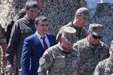 Морпехи получат современную военную технику, оснащенную по стандартам НАТО, - Порошенко - Цензор.НЕТ 9952