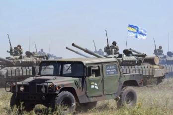 Морпехи получат современную военную технику, оснащенную по стандартам НАТО, - Порошенко - Цензор.НЕТ 8047