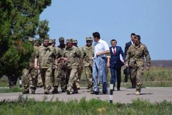 Морпехи получат современную военную технику, оснащенную по стандартам НАТО, - Порошенко - Цензор.НЕТ 28