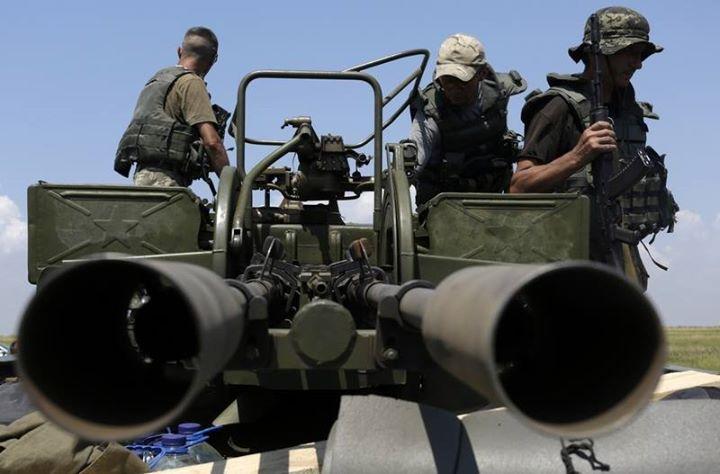 ВСУ обвинили ополченцев Донбасса в почти 100 обстрелах за сутки