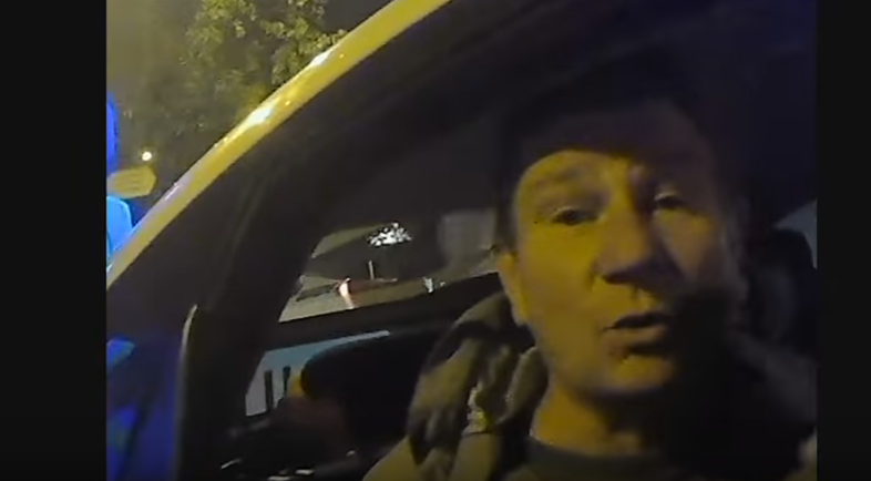 Харьковские активисты словили нетрезвого копа зарулем