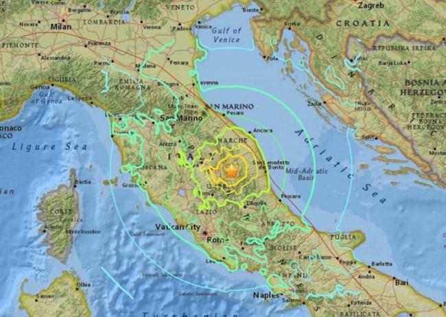 В итоге землетрясения вИталии пострадали как минимум 10 человек