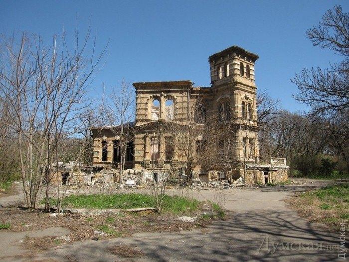 ВОдессе снесли историческое сооружение: появились видео отгневного Саакашвили