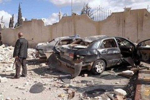 Взрыв награнице Сирии иТурции, погибли 25 человек