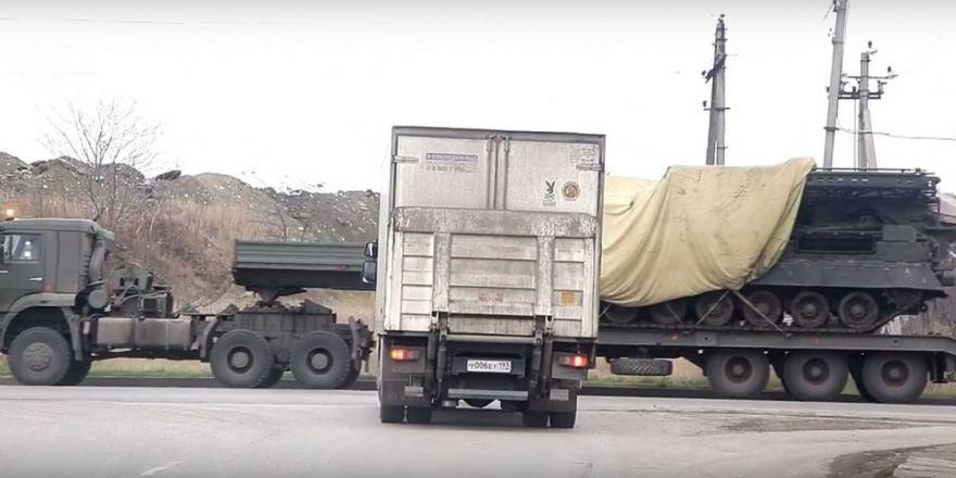 РФдоставила вКрым мощный  ЗРК С-300ВМ «Антей-2500»