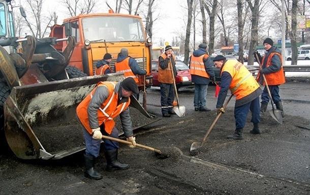«Укравтодор» заявил онехватке средств накапремонт дорог в2017 году