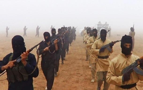 Сирийская армия отбила атакуИГ наавиабазу под Пальмирой