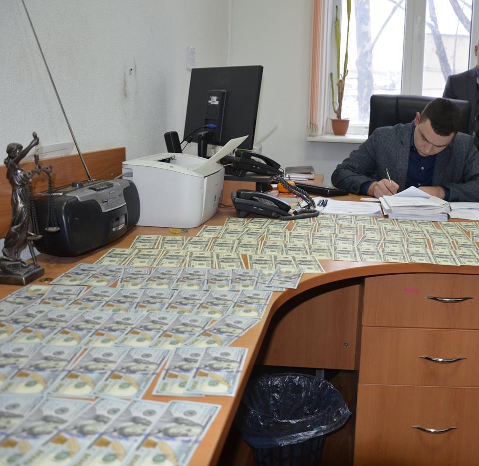 ВНиколаеве организаторов игорного бизнеса задержали запредложение взятки прокурору