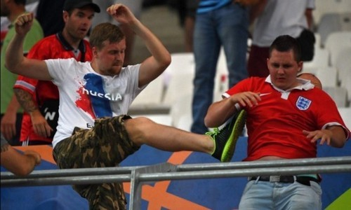 Русский футбольный поклонник изсолидарности задержится втюрьме воФранции