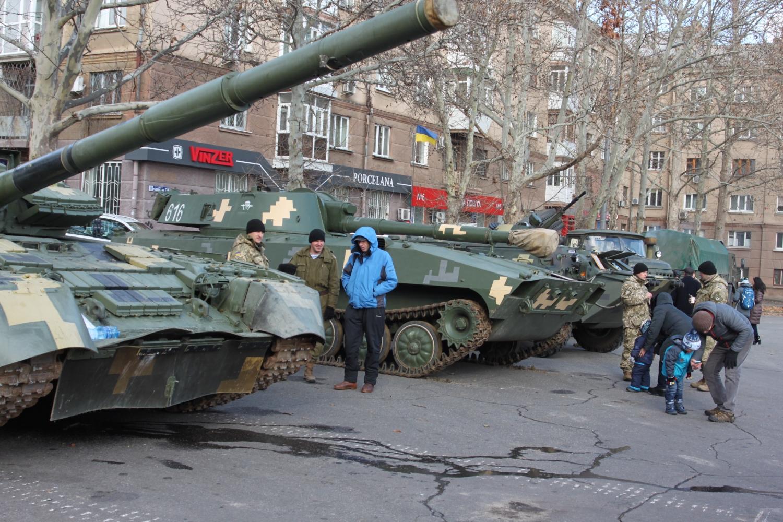 ВНиколаеве показали оружие, скоторым ведет войну украинская армия наДонбассе