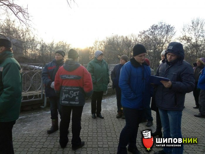 ВНиколаевском зоопарке рабочий упал вклетку стиграми
