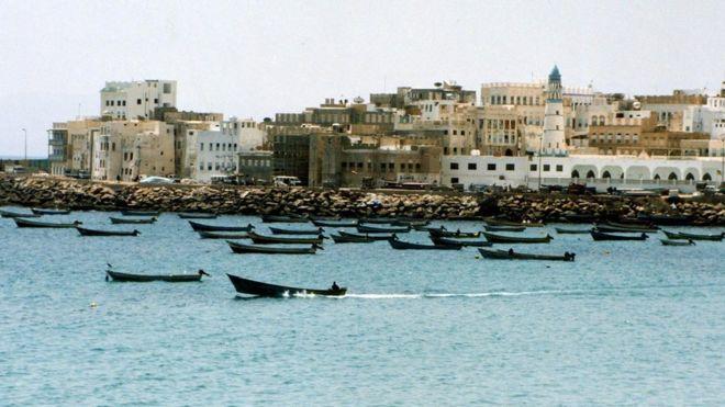 После кораблекрушения уберегов Йемена участь свыше 30 человек неведома