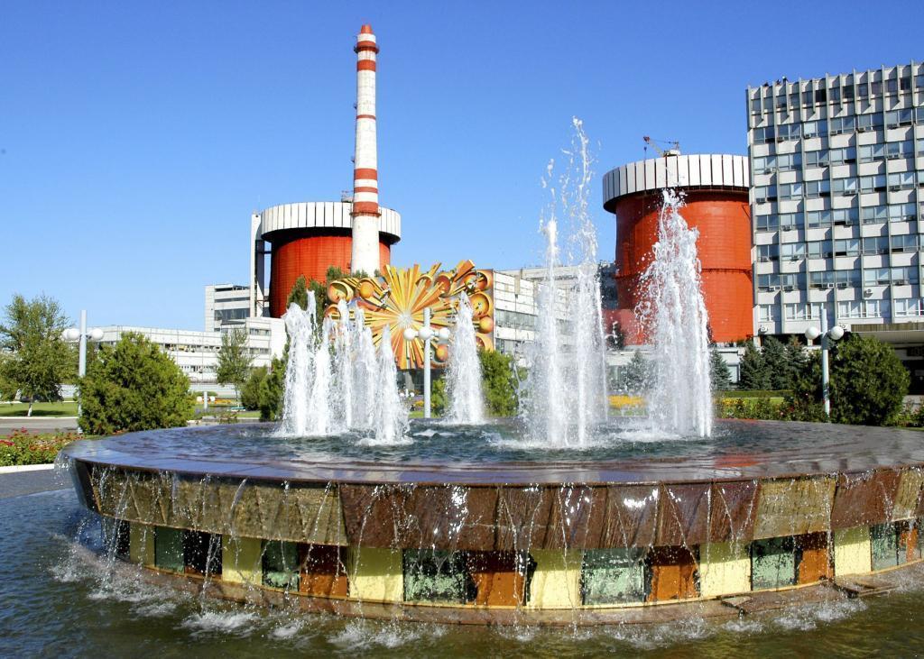Южно-Украинская АЭС подключила 2-й иотключила 3-й энергоблок для ремонта