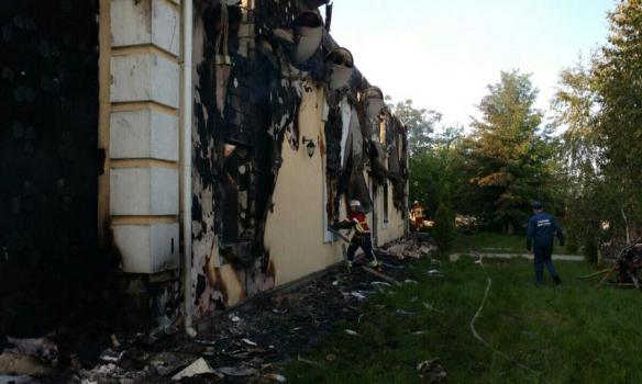 Порошенко поручил сделать комиссию для расследования пожара вдоме престарелых