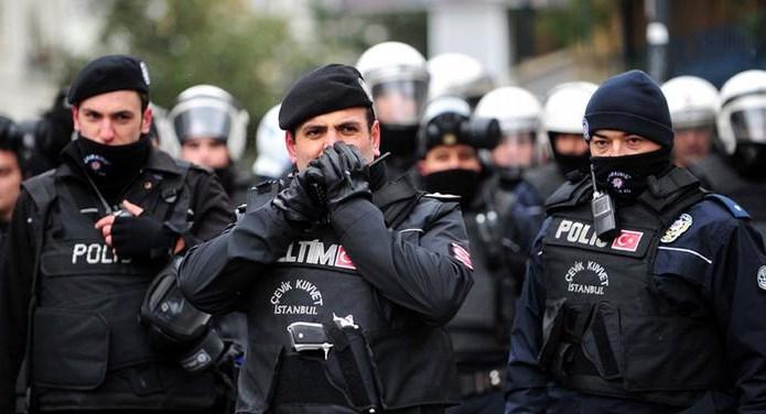 Милиция Турции провела обыски вкомпаниях врамках расследования попытки перелома