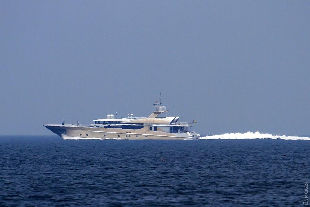 ВОдессу зашла яхта «главного врага Путина»