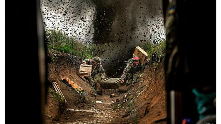 Украинского фотографа подозревали вфабрикации снимком спередовой вДонбассе