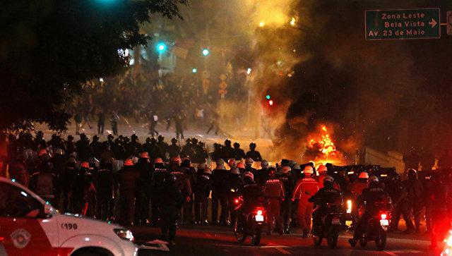 Экс-президент Бразилии обжалует собственный импичмент