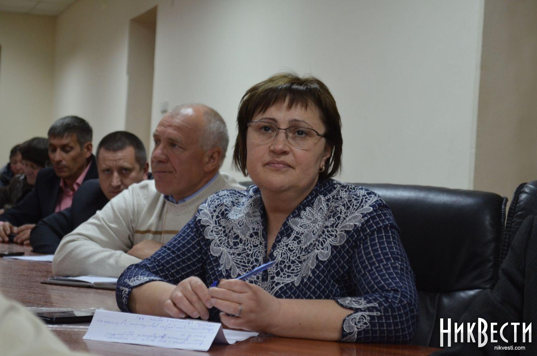 Украинский премьер запретил мэру Николаева писать СМС насовещании