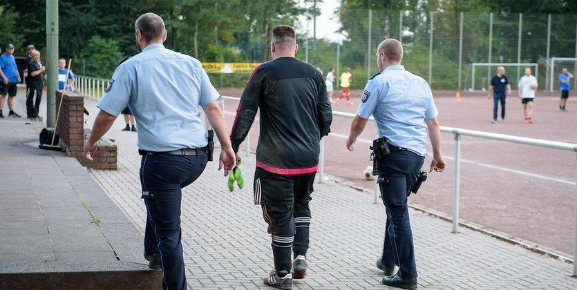 ВГермании арестовали вратаря за43 пропущенных гола