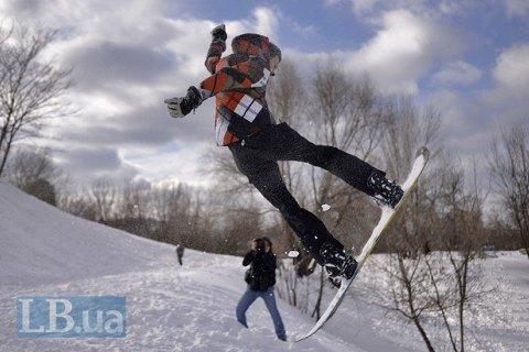 ВКарпатах отыскали заблудившегося сноубордиста