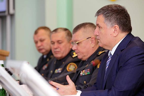 Аваков дал неожиданный прогноз подеоккупации Донбасса