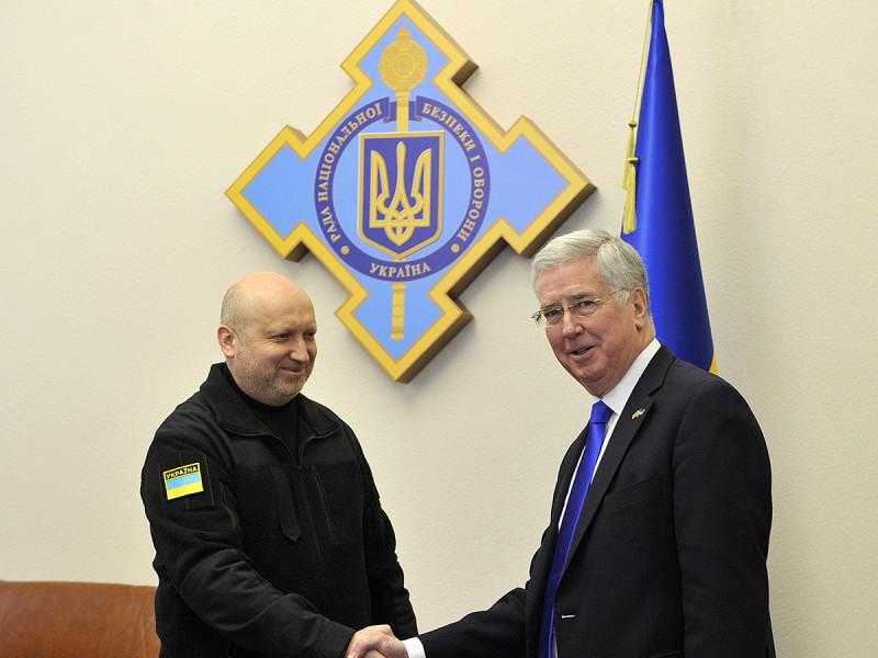 Украина и Англия подписали объявление осотрудничестве всфере обороны