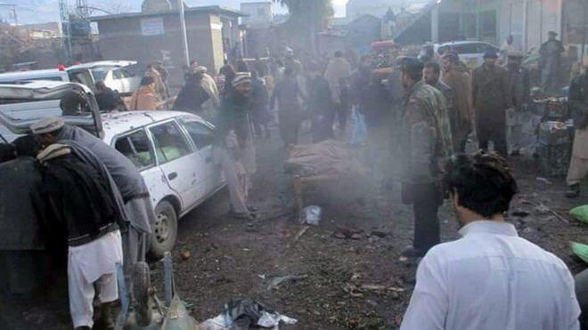 Взрыв наовощном рынке Пакистана забрал жизни 21 человека