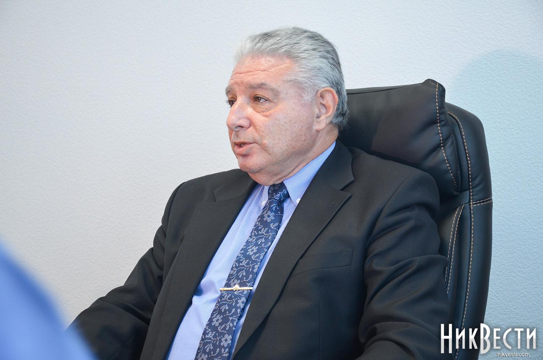 Руководитель КП, которому «указали надверь», заподозрил главы города Николаева вкоррупции