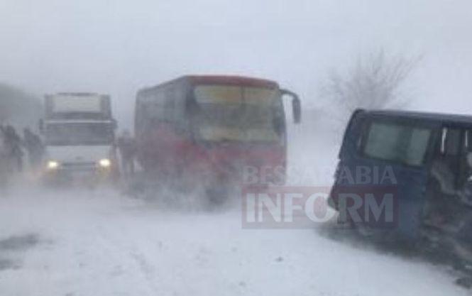 Непогода оставила без света 31 населенный пункт вОдесской области