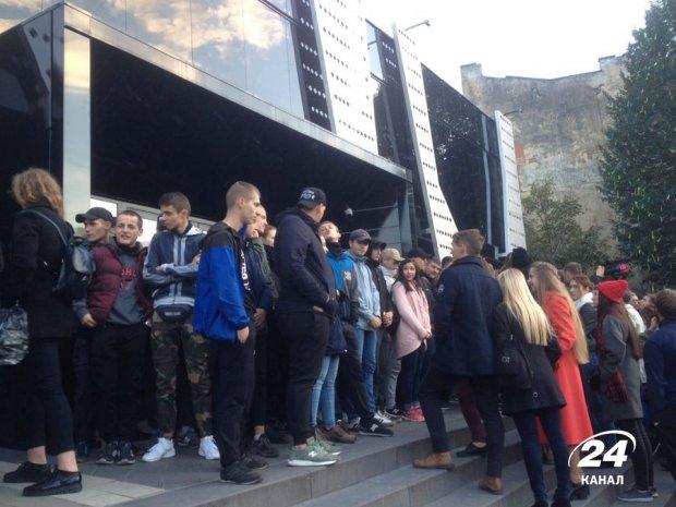 Украинцу Сергею Бабкину недают выступить воЛьвове из-за гастролей вКрыму