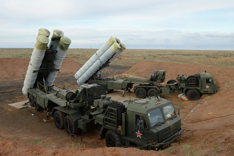 ВКрыму заступят набоевое дежурство два дивизиона систем ПВО С-400