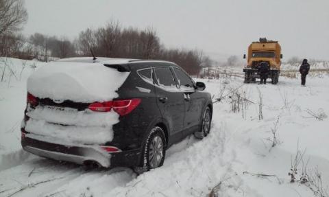 ВЧеркасской области из-за снегопада ограничили движение крупногабаритного транспорта