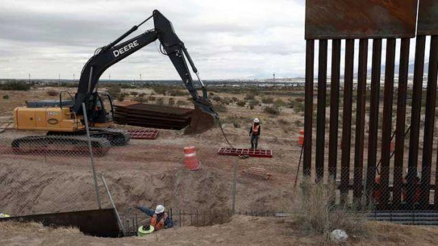 Трамп анонсировал начало строительства стены награнице сМексикой