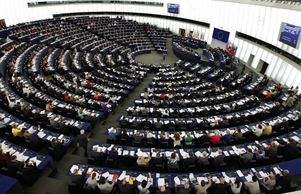 Европарламент осудил выдачу русских паспортов всем жителям Крыма