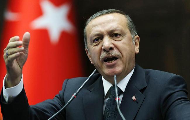 Турция пригрозила каждый месяц  посылать  вЕвропу по15 тыс.  беженцев