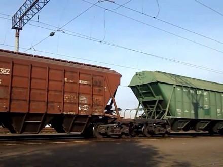 ВоЛьвове врезультате столкновения 8 товарных вагонов сошли срельс