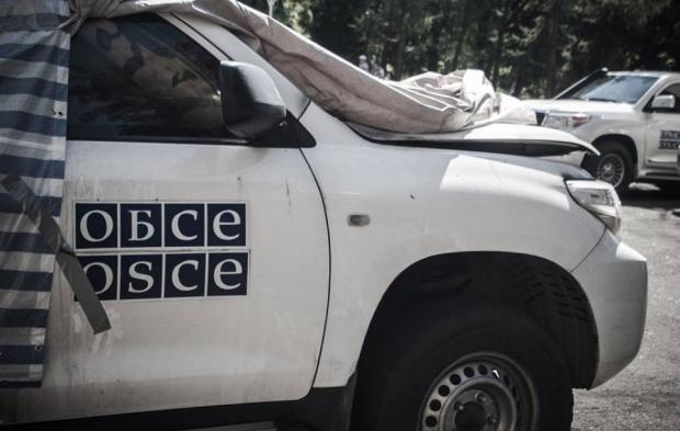 Всети интернет появилось видео подрыва автомобиля ОБСЕ вЛНР