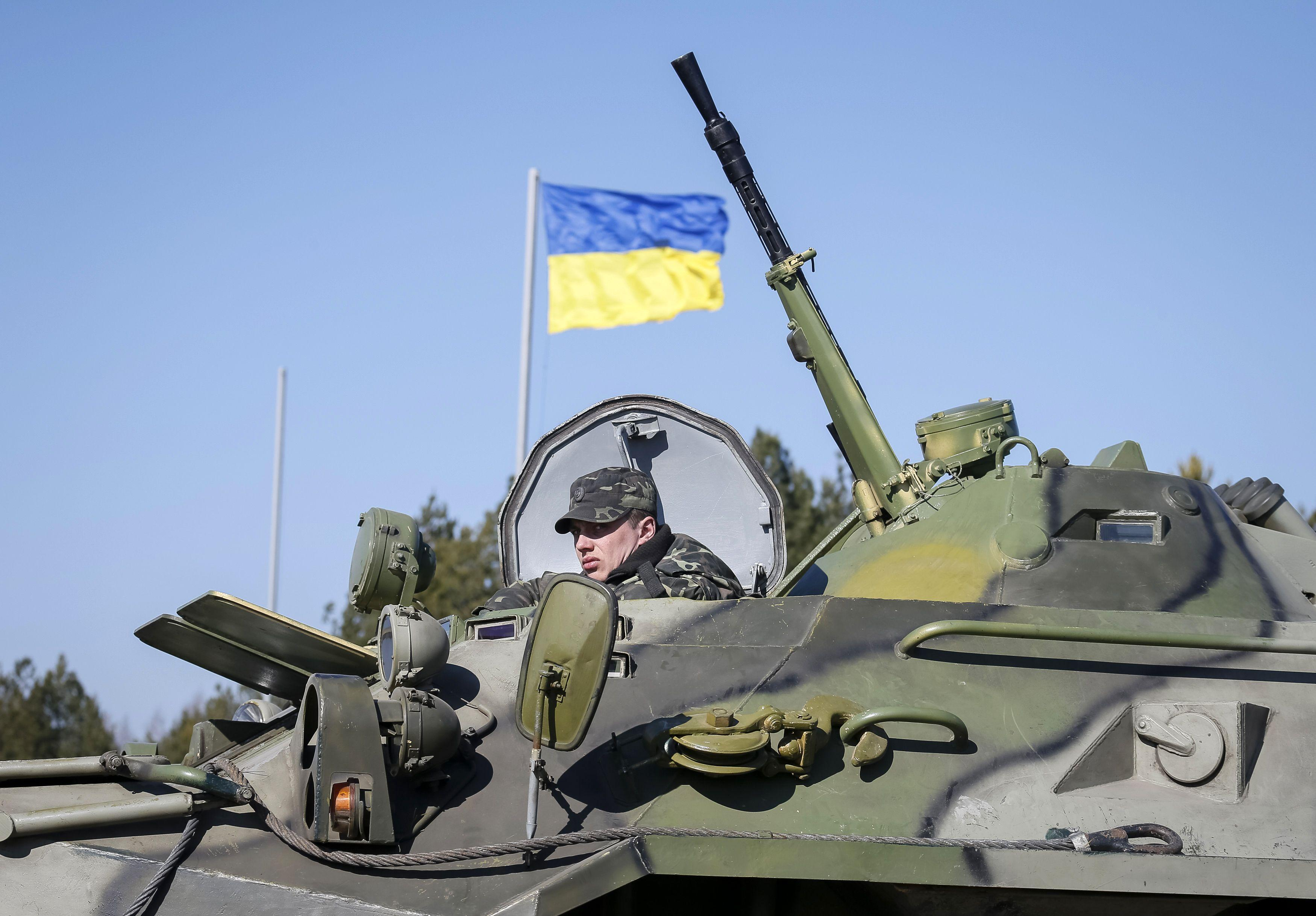 Украинские военные сбили беспилотник, пролетавший над территорией части ВСУ