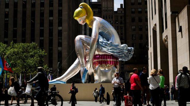 Балерина Джеффа Кунса оказалась копией работы советского скульптора