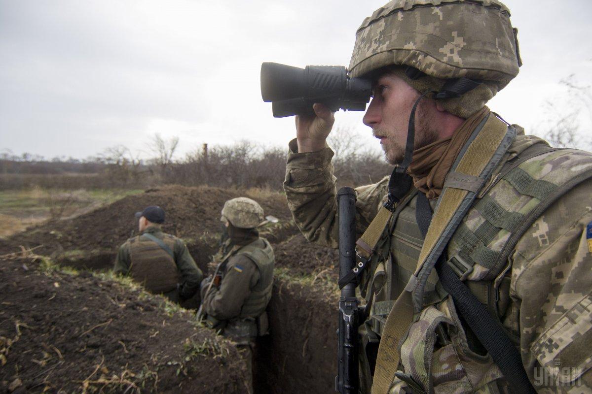 Штаб: Боевики 14 раз обстреляли опорные пункты ВСУ