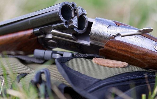 Недовольный фермер расстрелял изохотничьего ружья соседей под Киевом