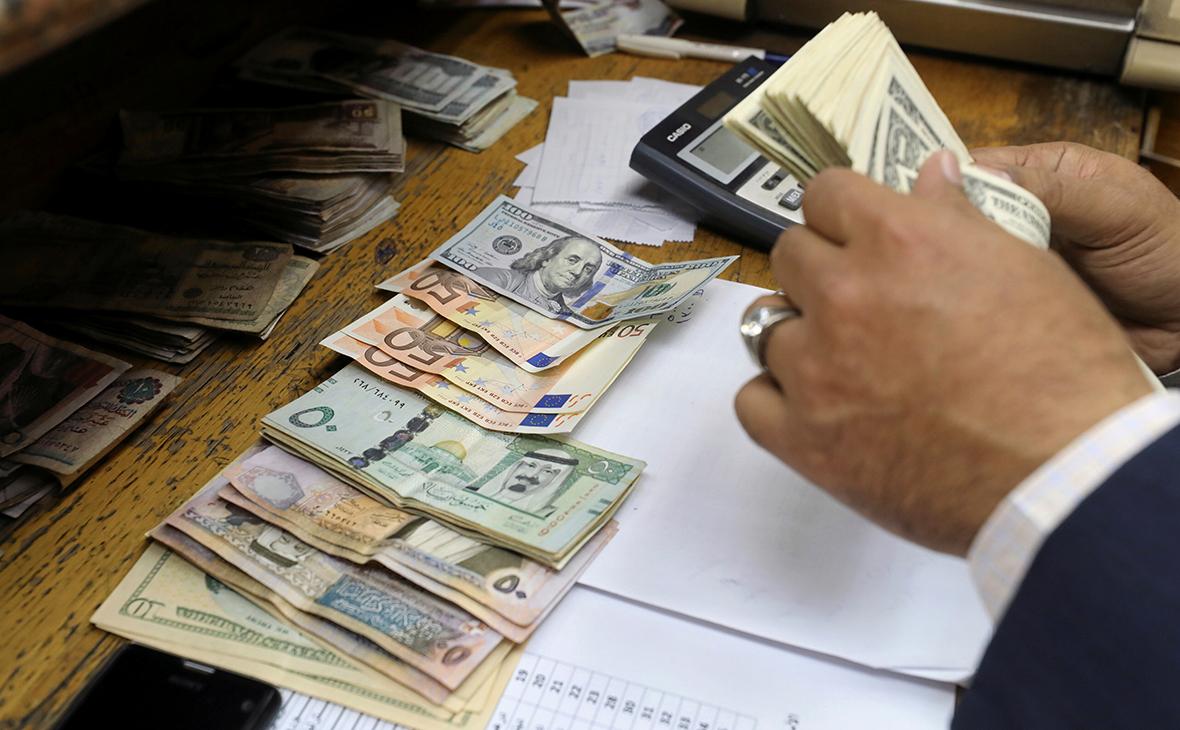 Мировой долг составил приблизительно 327% глобального ВВП