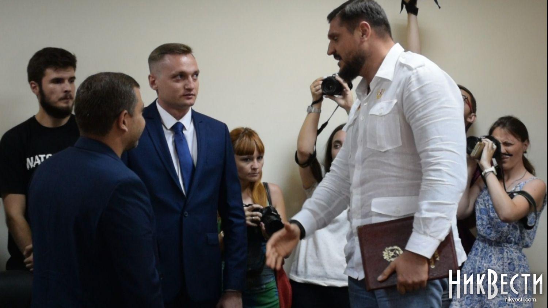 ВНиколаевском аэропорту поработает летчик, которого РФ винит всбитом «Боинге»