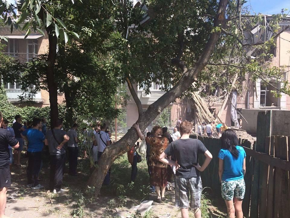 Взрыв газа произошел вжилом доме вКиеве