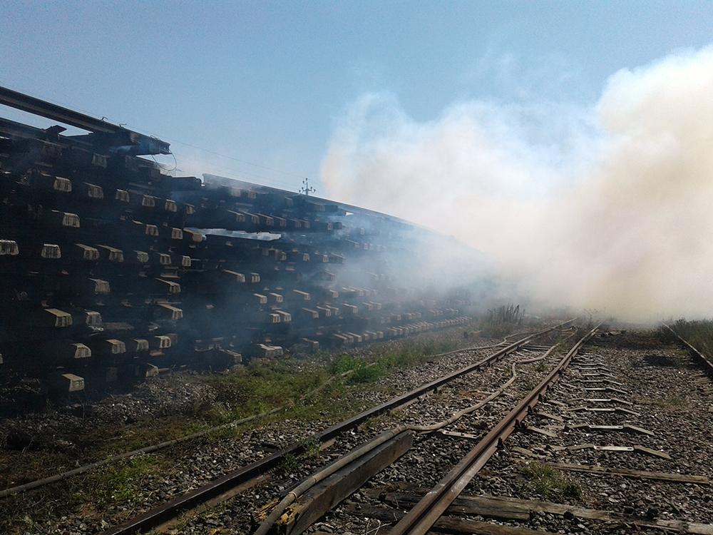Cотрудники экстренных служб объявили чрезвычайный уровень пожарной опасности под Киевом