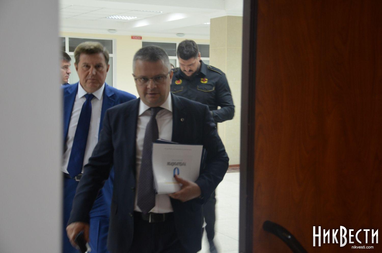 Губернатор Николаевской области объявил оприсутствии русских судов вукраинских портах