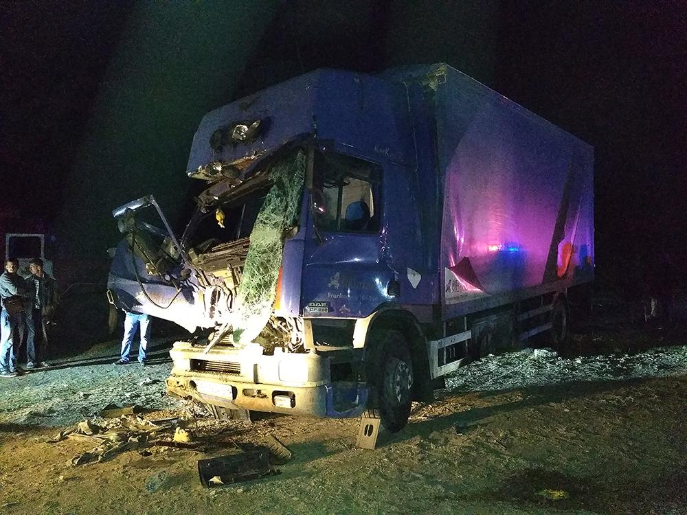 ВНиколаевской области в итоге столкновения 3-х фургонов умер один человек